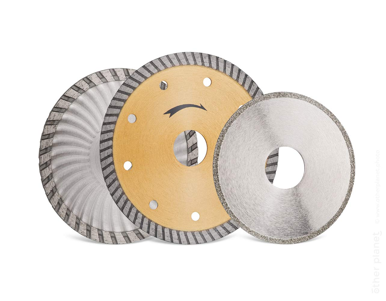 3 diamond sawing disks