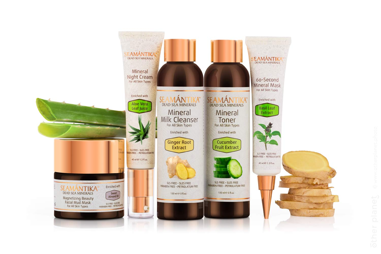 emantika cosmetic products collection with plant extracts photo on white
