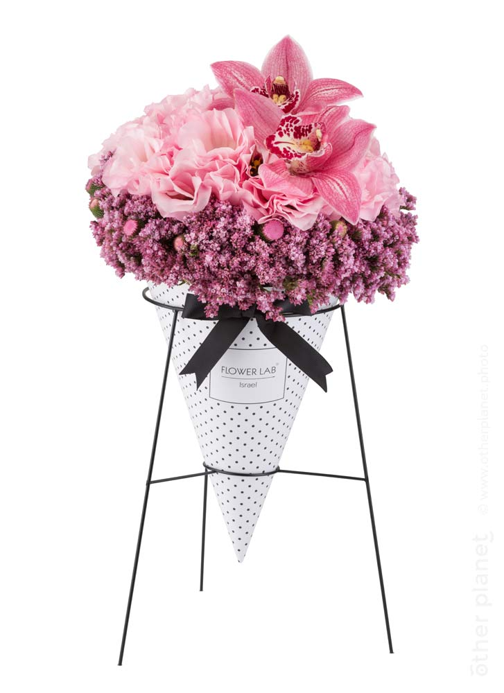 Pink arrangement in doted cone