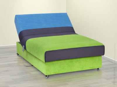 Power adjustable headrest bed
