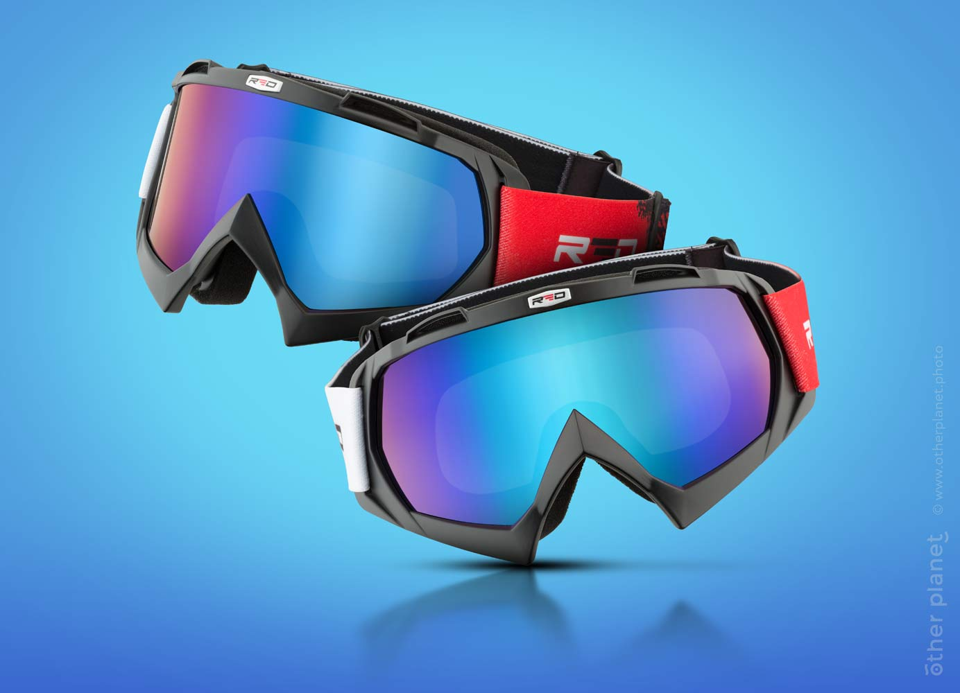 Ski and snowboard glasses