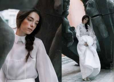 Wedding dress by Sandra Gutsati
