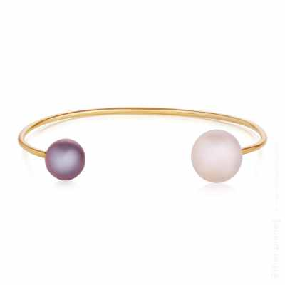 Yellow 18K gold band grey and white pearl photo for Hanna Olenik