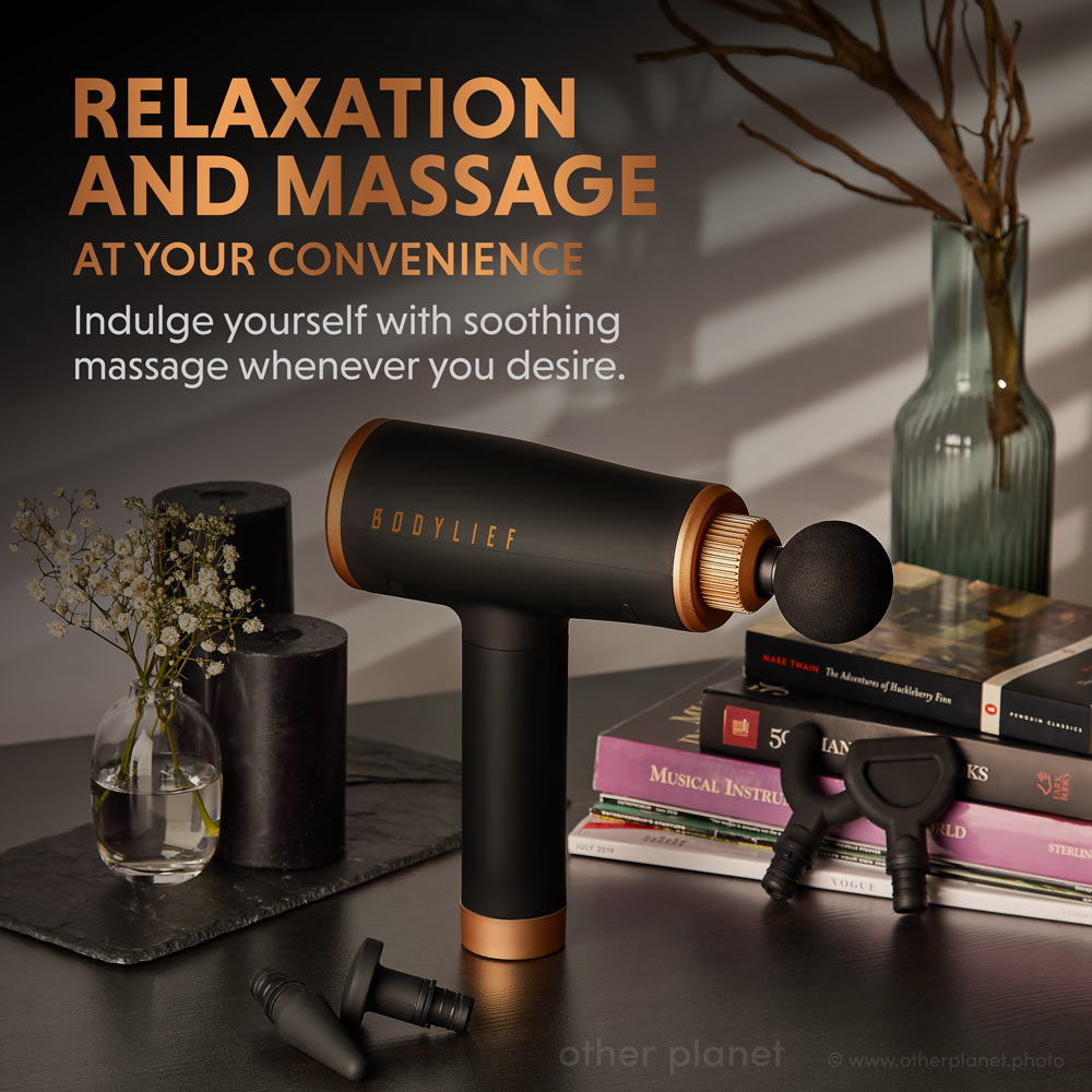 Arrangement with props for Amazon massager product page